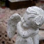 かわいい天使の置物